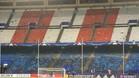 En este estado quedó el Gol Sur del Calderón tras el derbi europeo