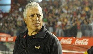 Gallego dirige a su primera selección