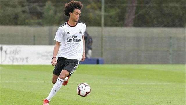 El golazo de Tomás Tavares con el Benfica sub-19
