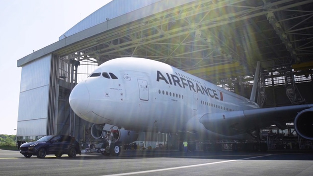 air-france-and-porsche--new-guinness-world-records-title