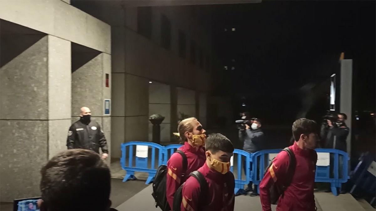 Así ha sido la salida de los jugadores del Barça tras la derrota