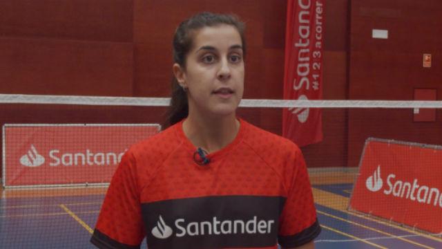 Carolina Marín da su primer golpe a la raqueta en el CAR de Madrid tras dos meses y medio de confinamiento