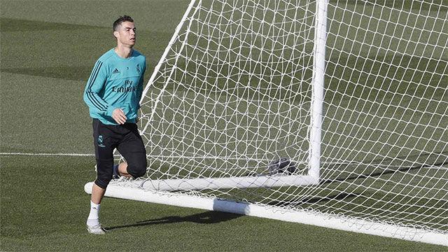 Cristiano Ronaldo se entrenó sin problemas antes del Clásico