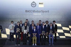 Foto de familia con los pilotos RACC