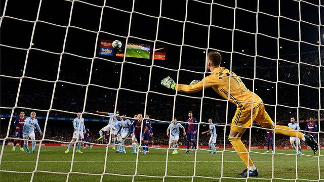 ¿Lo habíamos visto todo de Messi? No, se inventó la falta clonada