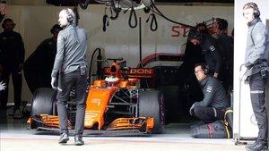 Imagen de archivo del box de McLaren