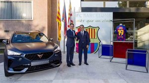 Josep María Bartomeu, presidente del Barceça, y Luca de Meo, presidente de SEAT y del Consejo de Administración de CUPRA