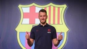 Neto ya es jugador del FC Barcelona