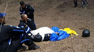 El paracaídas de Tito Olivera no le respondió