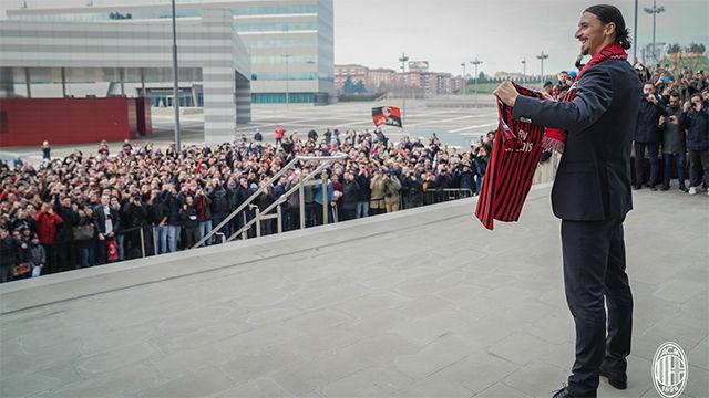 La presentación apoteósica de Ibrahimovic con el Milan