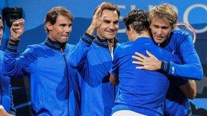 Rafa Nadal celebrando con sus compañeros uno de los tres triunfos europeos