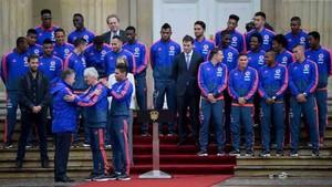 Yerry Mina y la selección fueron recibidos por el presidente Santos