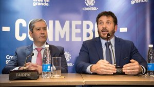 Alejandro Domínguez brindó una conferencia de prensa luego del cambio de sede