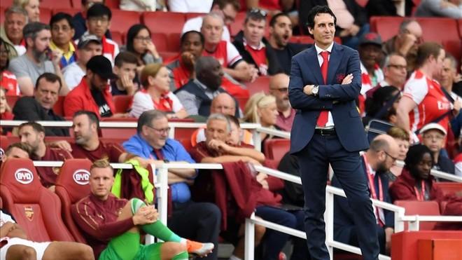 Emery volverá a confiar en Cech para el derbi ante el Chelsea