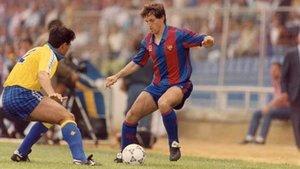 Goikoextexa, en una acción con Raúl, durante el 4-0 que el Barça encajó en Cádiz el 11 de mayo de 1991
