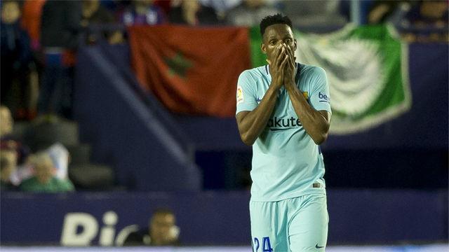 LALIGA | Levante - FC Barcelona (5-4): Yerry Mina, retratado en los cinco goles recibidos