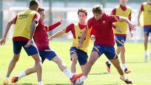 Las renovaciones en la plantilla del Barça B seguirán su curso habitual