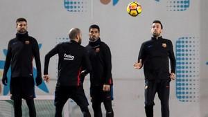 Los jugadores del Barça en el último entrenamiento