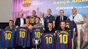 Los jugadores y entrenadores del Juvenil del FC Barcelona en 1994