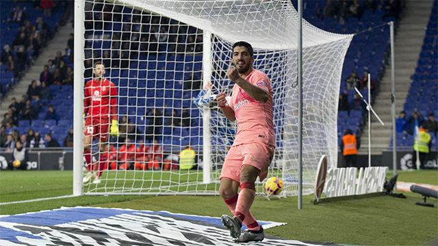 Luis Suárez regresó al once y volvió a ver puerta