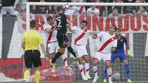Manu Barreiro no tuvo suerte ante la portería de Gazzaniga