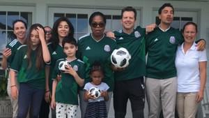 Oprah da su apoyo a la selección mexicana