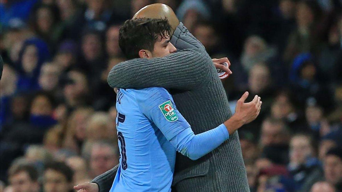 Manchester City realizó una multimillonaria oferta por Messi