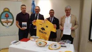 Presentación de Espartans de Catalunya en el Consulado Argentino