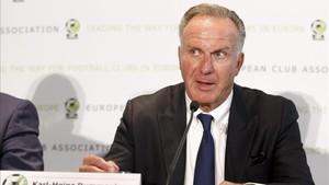 Rummenigge regañó a Lewandowski por sus declaraciones