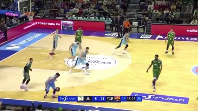 El vídeo desnuda múltiples errores de los árbitros en el Unicaja - Barça