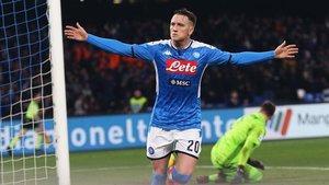 Zielinski adelantó al Nápoles frente a la Juventus tras el descanso