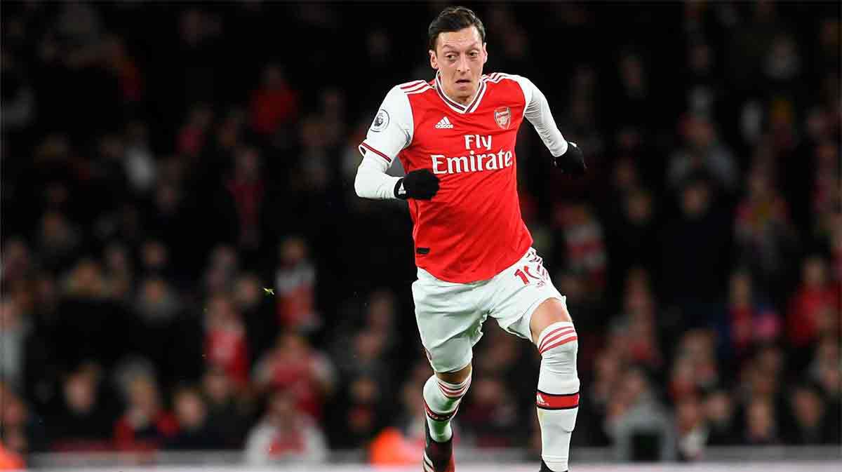 Arteta: Siento que he fallado con Özil