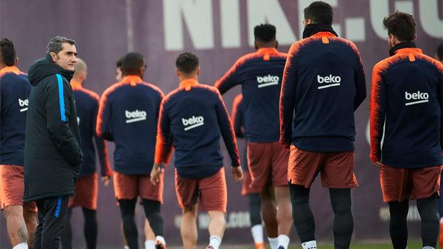 El Barça debe afrontar el overbooking del vestuario