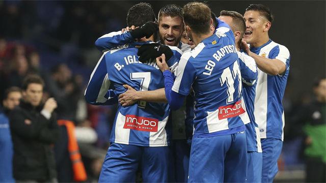 Borja Iglesias regala para Reyes una victoria tras seis jornadas sin ganar