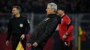 Favre se juega el puesto como técnico del Dortmund