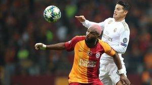 James, en un partido ante el Galatasaray