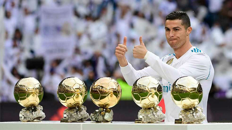 LALIGA | Real Madrid - Sevilla (5-0): Cristiano Ronaldo ofreció sus cinco balones de oro