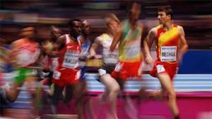 Mechaal se ve con opciones en el Mundial en pista cubierta