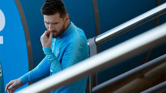 Messi, Piqué y Valverde hablaron durante el entrenamiento del FC Barcelona