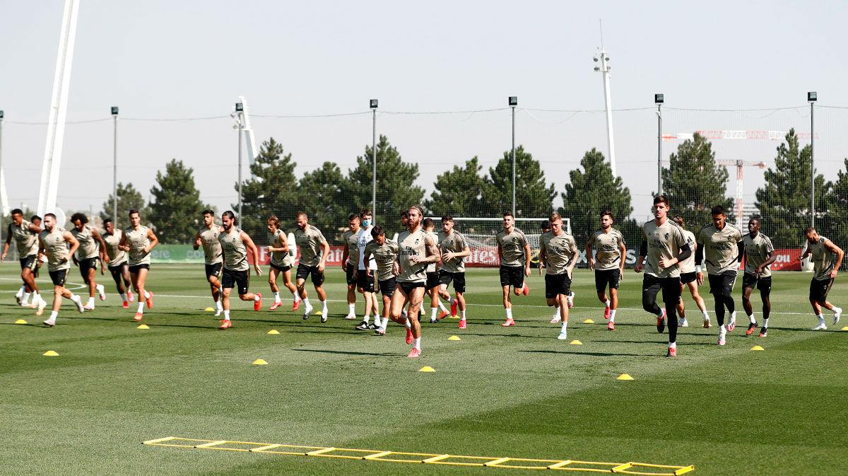 El Real Madrid volvió a entrenar con la ausencia obligada de Mariano