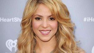 Shakira desvela el truco para aparentar más altura en las fotos | Telemundo