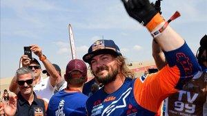 Toby Price, vencedor en motos