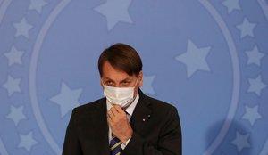 Bolsonaro tiene una infección en el pulmón tras curarse del coronavirus