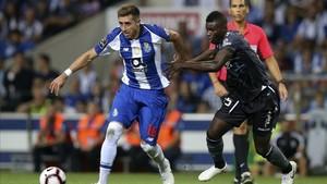 El centrocampista del Porto, Héctor Herrera