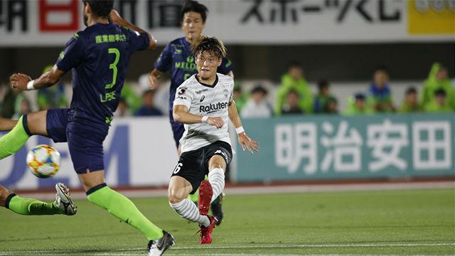 Derrota del Vissel Kobe ante el Shonan Bellmare (3-1)
