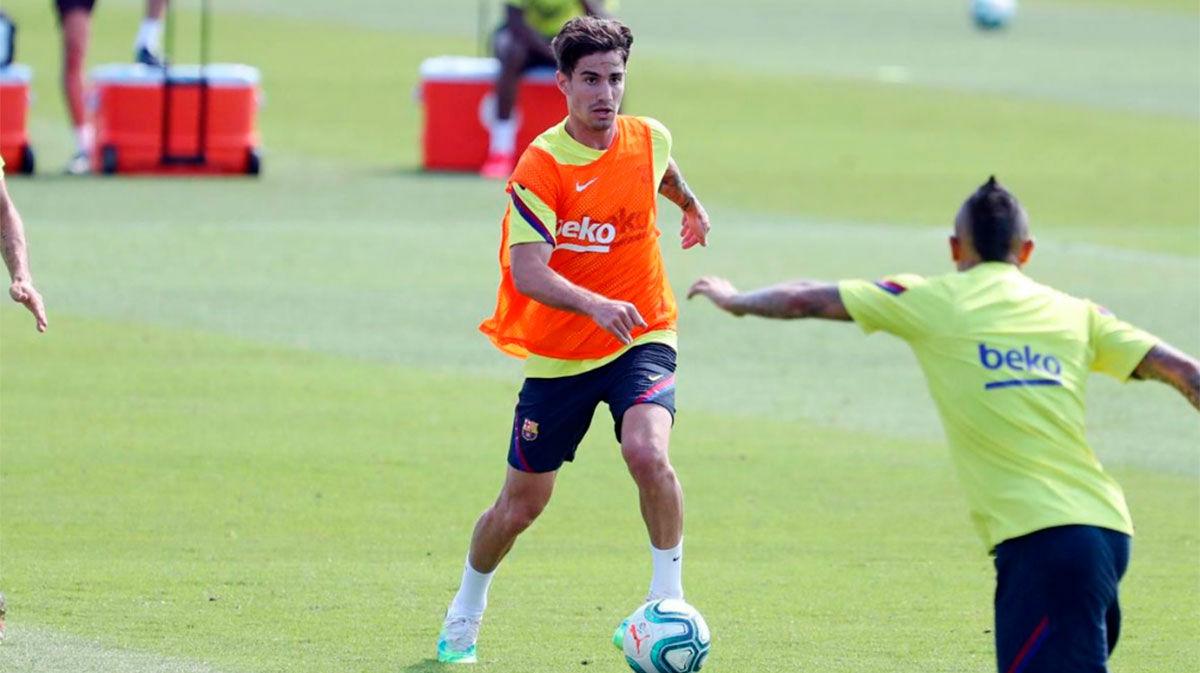 Los canteranos Jorge Cuenca y Kike Saverio, novedades en un entrenamiento sin Messi