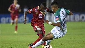 Rionegro salvó un empate gracias a un gol en propia puerta del equipo boliviano