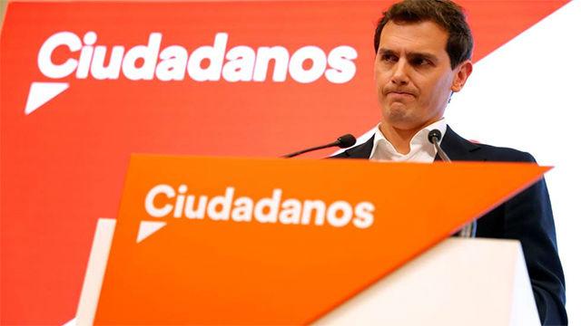 Rivera dimite por responsabilidad: Los malos resultados son del líder
