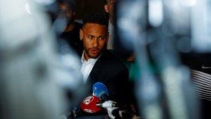 El Barça pide a Neymar que regrese a París (ES)
