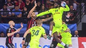 Dika Mem lideró en ataque a un sólido Barça Lassa